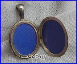 FINEST Large Antique VICTORIAN Solid SILVER Scottish AGATE Inlaid Pendant Locket