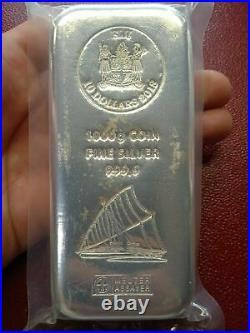 Silver bar 1 kilo. 999 Pure Solid Bullion Bar FIJI Silver Bar 1kg