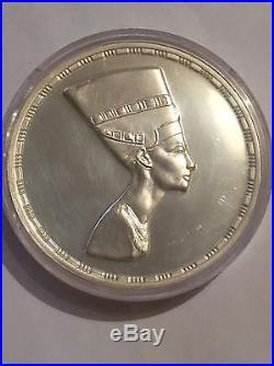 Very Rare Solid. 999 Silver 5oz Egyptian Coin Nefertiti 1987 Treasures Collectio