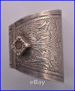 Vintage solid berber Bedouin silver bracelet Cuff